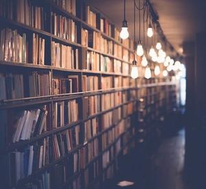 thumb_books-25968091920-fi16396476x422